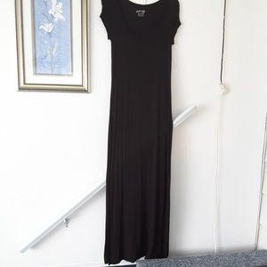 Black xs short sleeve maxi dress